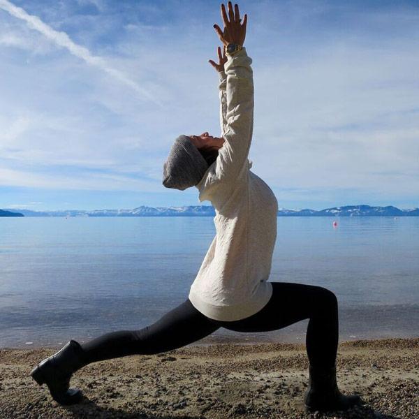 yoga-beginner-crescent